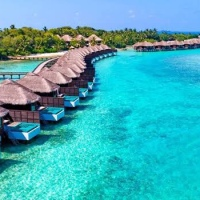 THE MALDIVES TRAVEL GUIDE